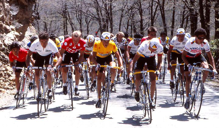 Lucho Herrera superó a Pedro Delgado para imponerse en la Vuelta a España de 1987.