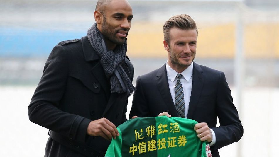 Kanouté y Beckham en China