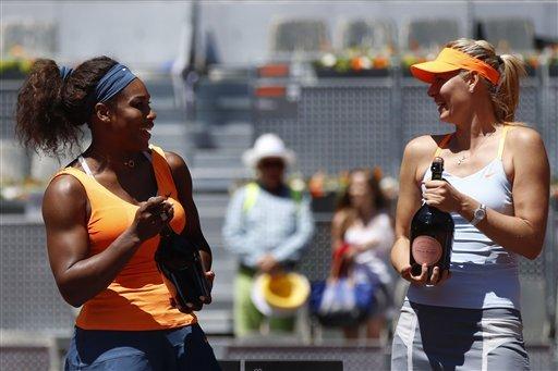 Serena Williams y Maria Sharapova tras el último Open de tenis de Madrid.