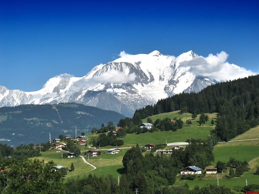 """El Mont Blanc, también conocido como """"Monte maldito"""", es una de las cimas icónicas del alpinismo."""