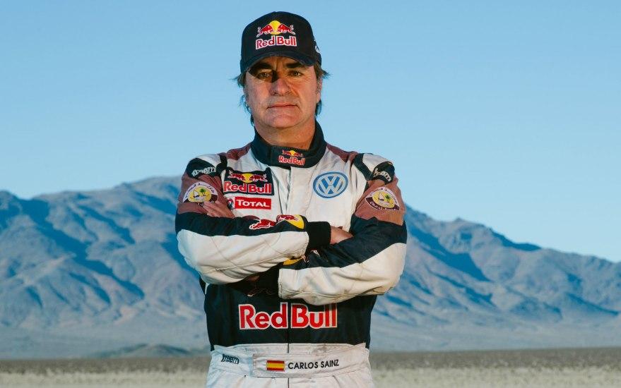 Carlos Sainz ha participado en el último Dakar pasados los cincuenta.