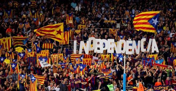El FC Barcelona ya ha sido multado por la UEFA por la exhibición de símbolos independentistas en el Nou Camp.