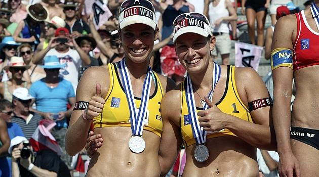 Pese a ser subcampeonas de Europa de voley playa Elsa Baquerizo y Liliana Fernández no encuentran patrocinadores.