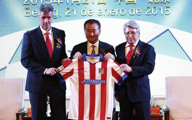 ¿Será Wang Jianlin algún día el  propietario del Atlético de Madrid? (Foto: Diario Sport).