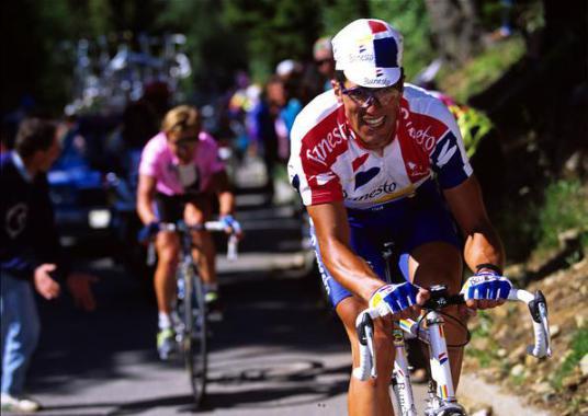 Indurain y Berzin vivieron un gran duelo en el Mortirolo en 1994 si bien el triunfo de etapa fue para Pantani.