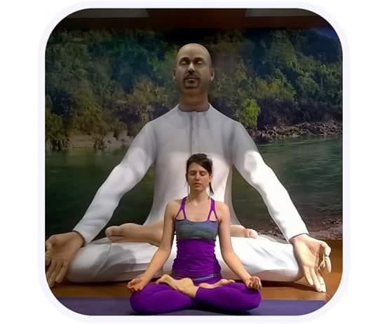 El yoga desarrolla una serie de capacidades físicas y mentales.