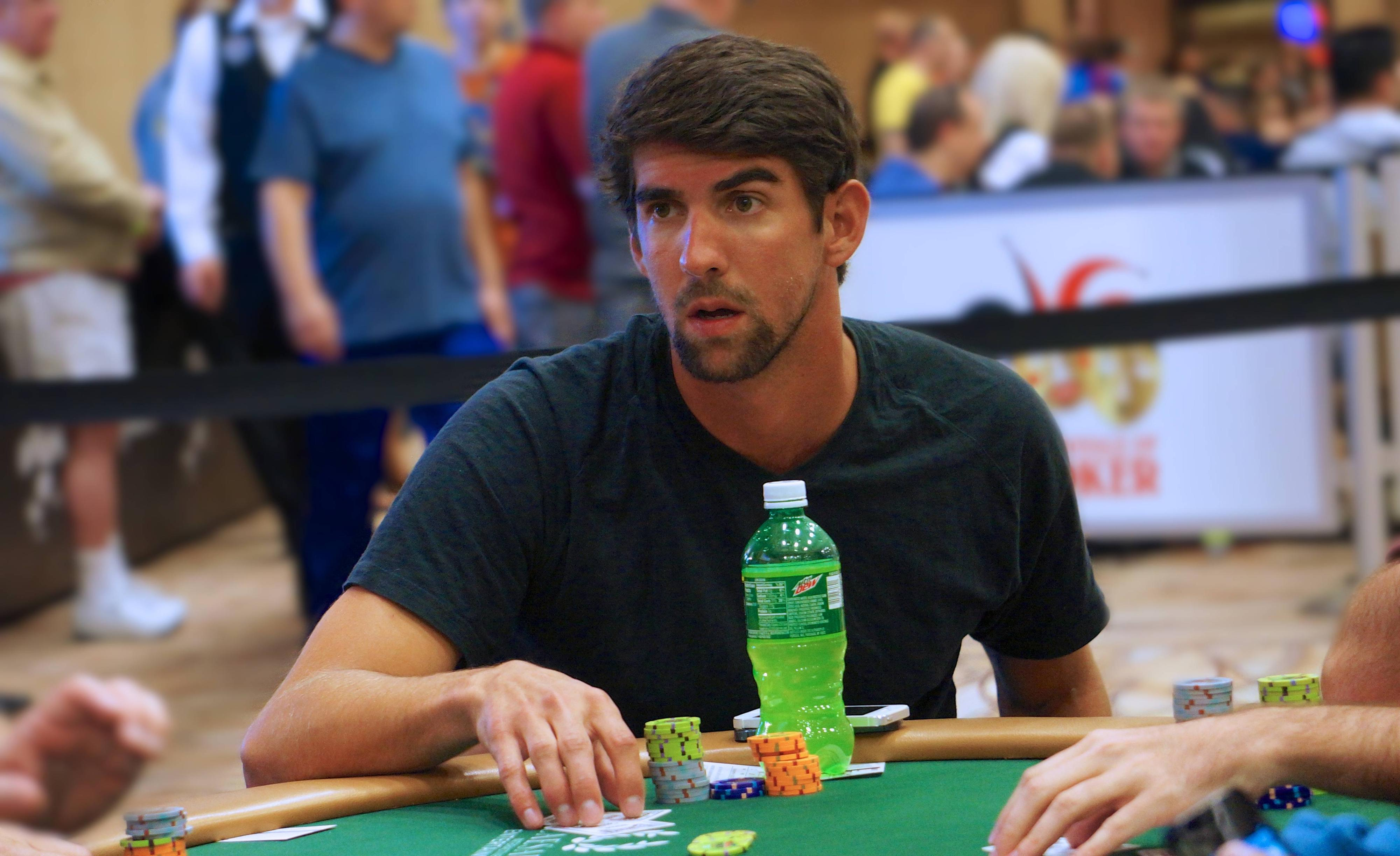 michael-phelps-poker-min